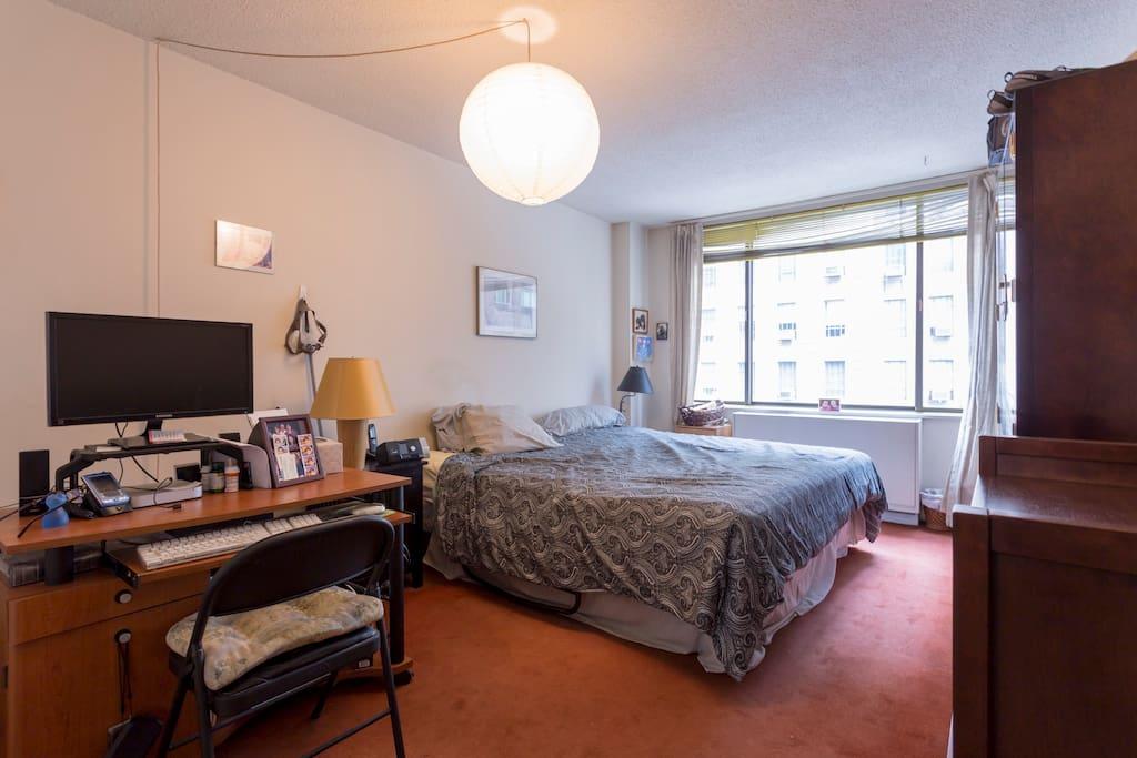 Roomy, airy bedroom