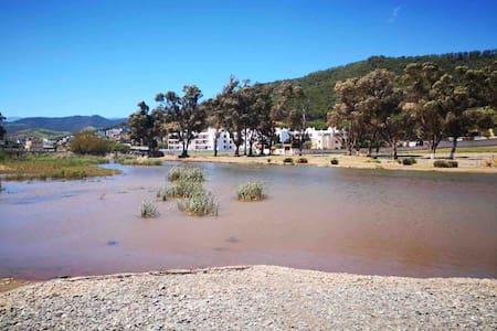 Amsa un petit village au bord de l'eau