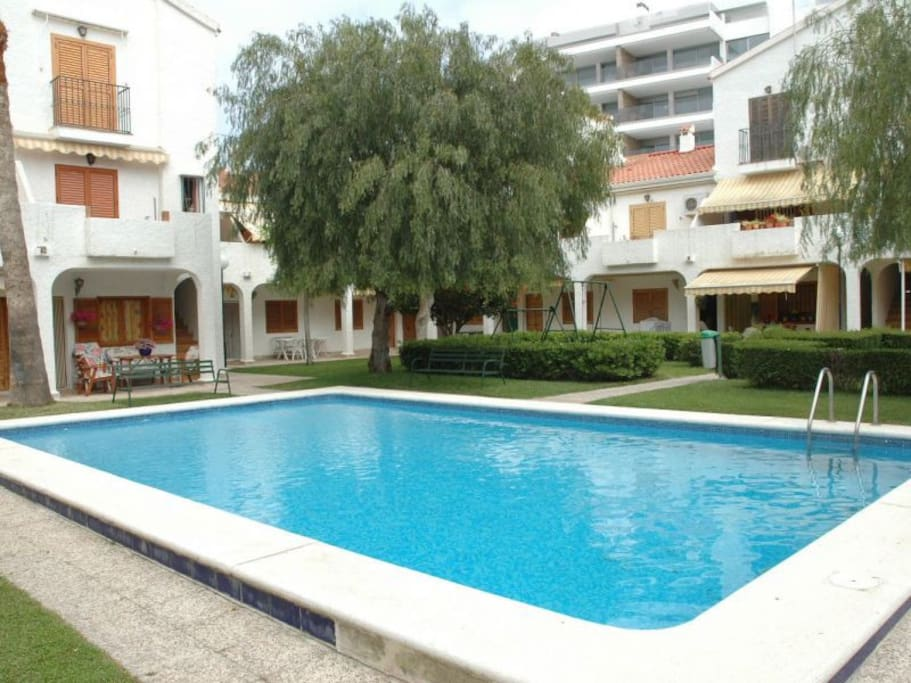 Beachfront Bungalow With Swimming Pool Townhouses For Rent In Santa Pola Comunidad Valenciana