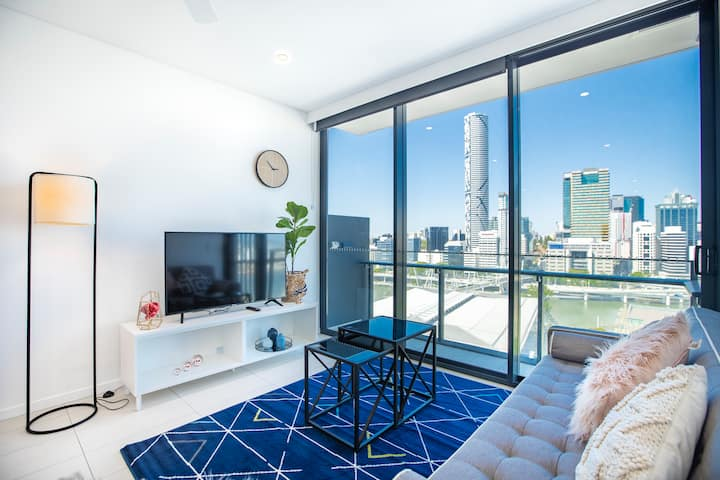 😘New Southbank Stunning View😘 Modern 2BR|Pool&Parking