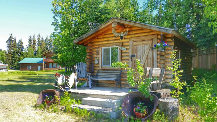 Riverfront rustic, cozy cabin - Fairbanks - Ξυλόσπιτο