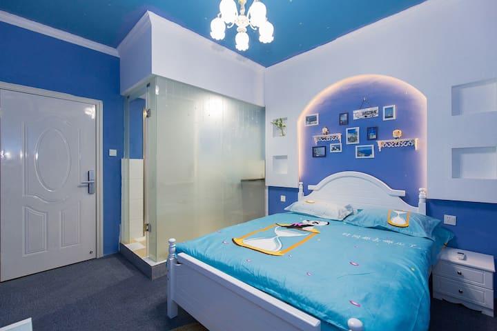 那年二月青年旅舍的地中海大床房