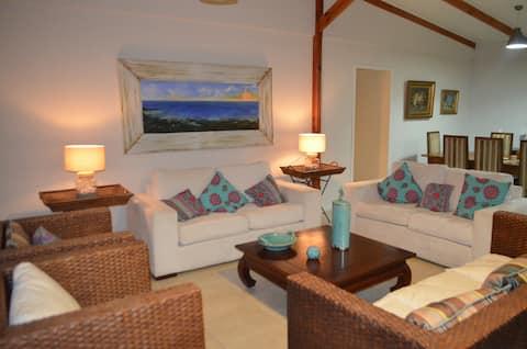 Hornito Beach 6 slaapkamers 4 badkamers, ruime keuken