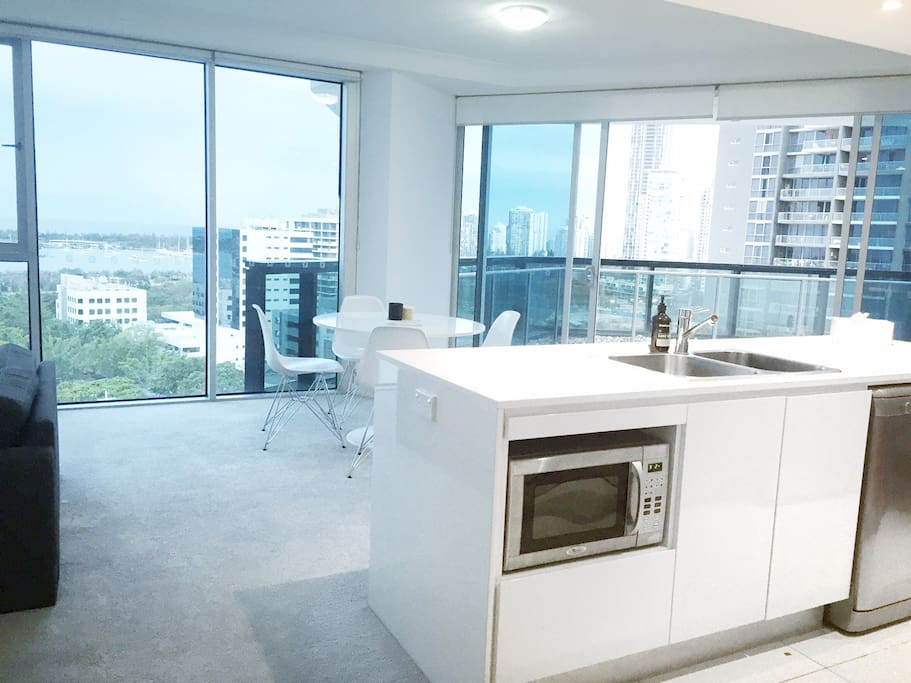 Kitchen Island - Cook to an amazing view!