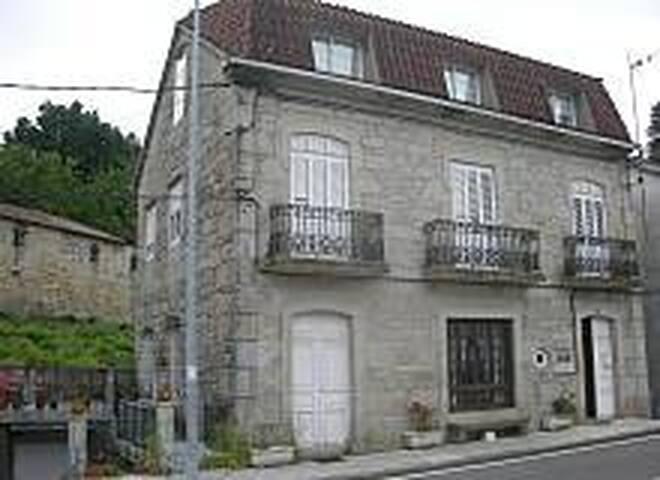 CASA ALQUILER CAMPO LAMEIRO - Campo Lameiro - House