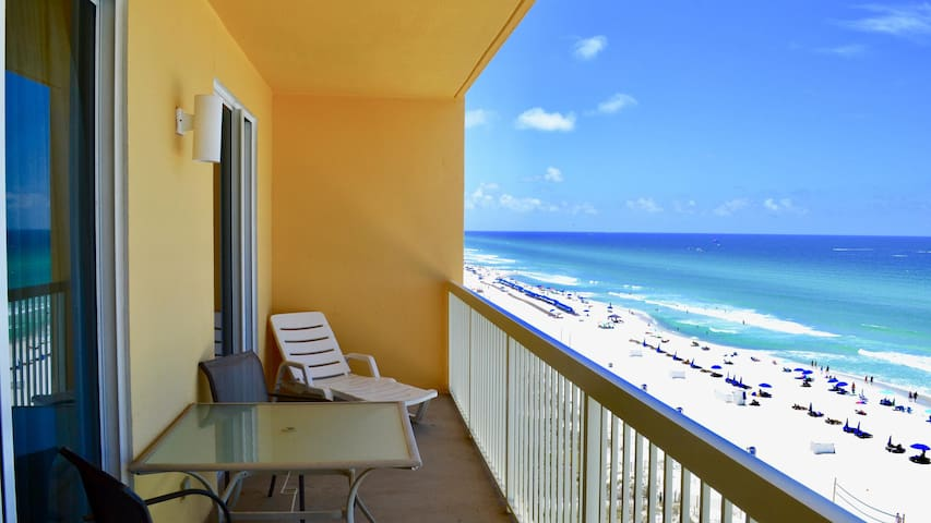 Modern 3-Bed Gulfront Condo at Calypso Overlooking the Gulf!