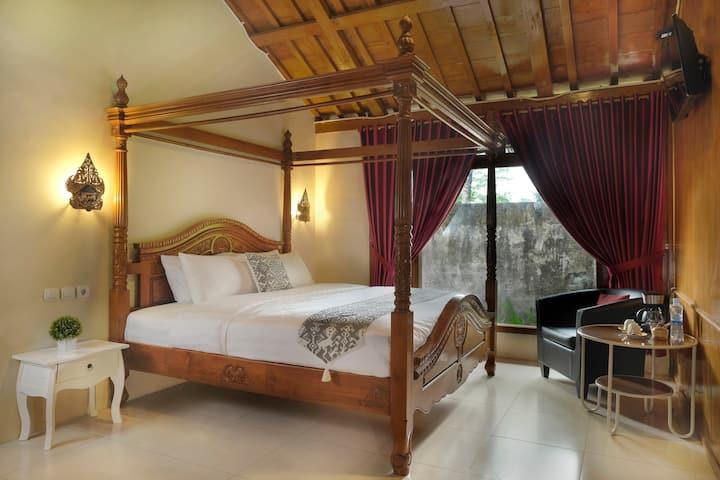 Kampoeng Joglo Boutique Hotel - Suite Room