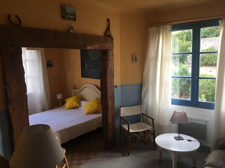chambre double dans villa provençale