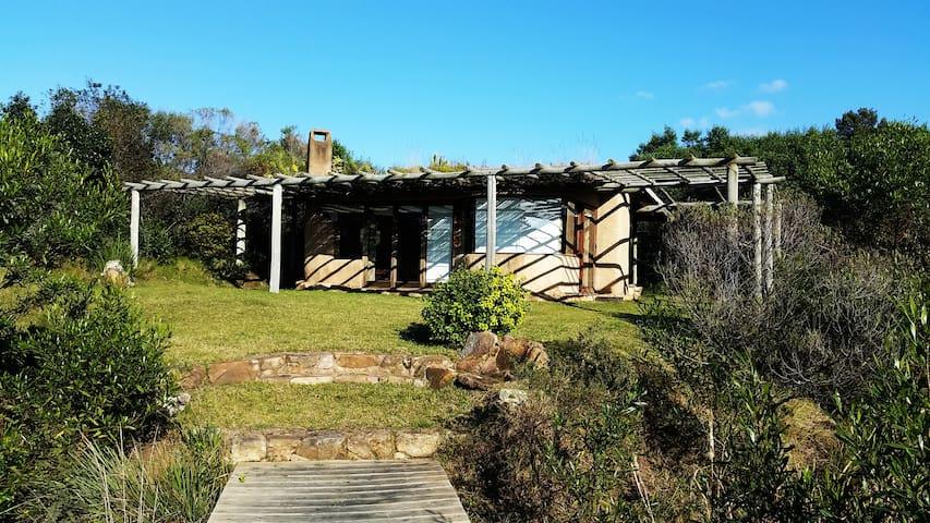 Casas de barro Altamira del Eden.