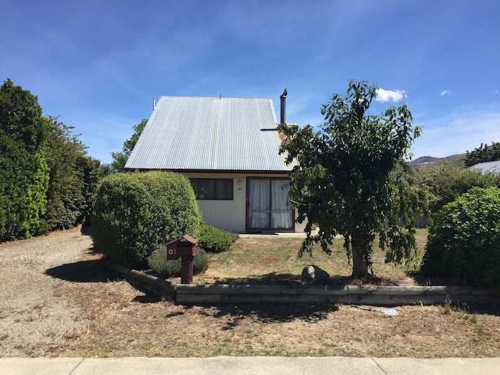 Original kiwi crib in Clyde