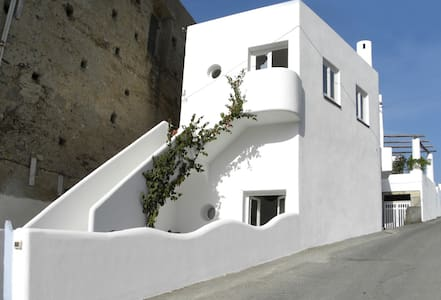 New! Lovely Sensoria in LP loft - Lipari