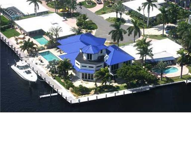 Pomp/Fort Lauderdale Beach 5 Bed Mansion on water - Pompano Beach - House