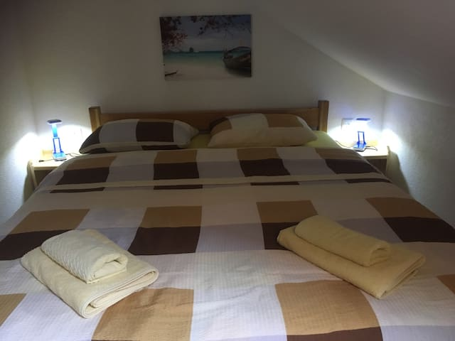 Beautiful triple room near the Plitvice Lakes....