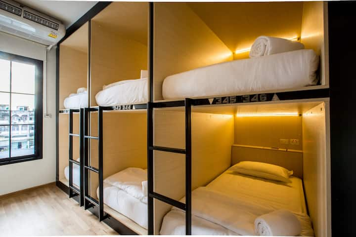 6beds share dorm/5 mins to BTS Mochit