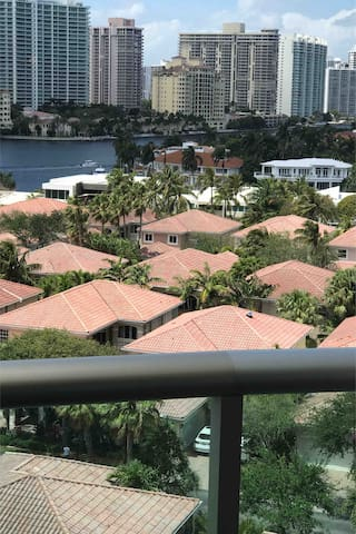 OCEAN RESERVE 1 BED INTRACOASTAL VIEW