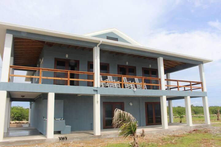 Coral Ridge House Utila - Utila - บ้าน