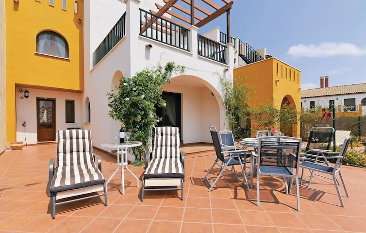 Terraced house with 3 bedrooms on 77 m² in Ayamonte