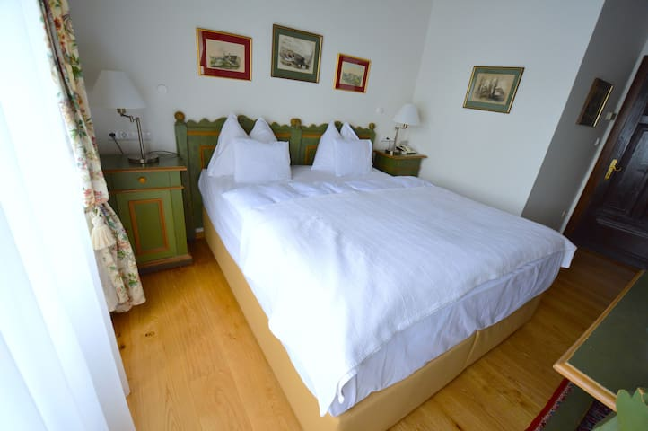 Double Rooms with beautiful View - Millstatt - Vila
