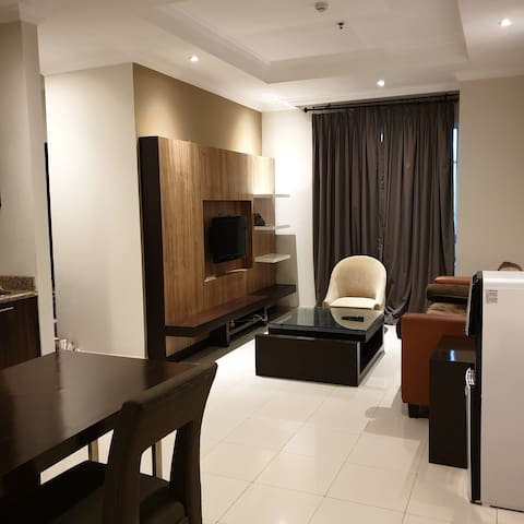 Spacious 1BR Apartment in Senayan Area Free Wifi