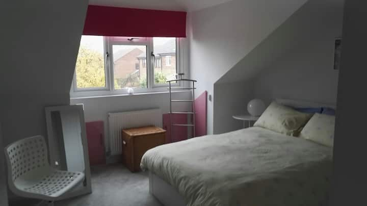 Double room in detached house