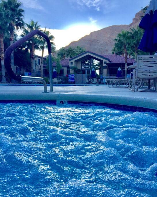 Hot tub/pool/courthouse/gym