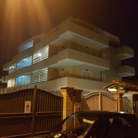 fiumicino first - Fiumicino - Departamento