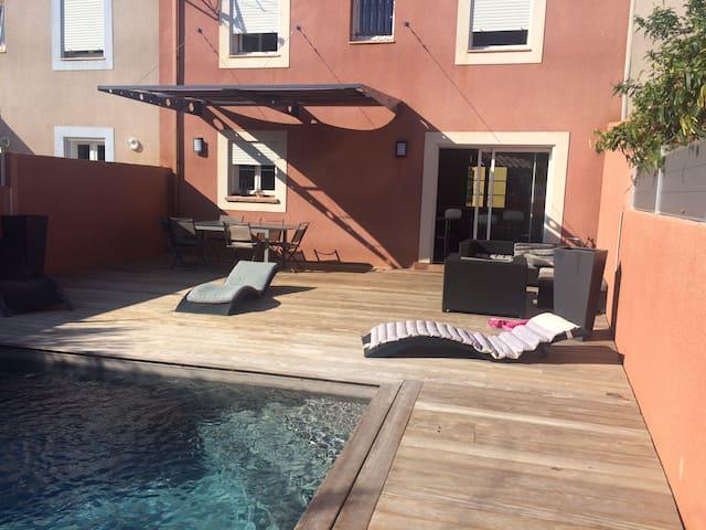 Villa proche mer tout confort 90 m2. 6 pers maxi