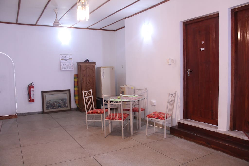 Dining area - common