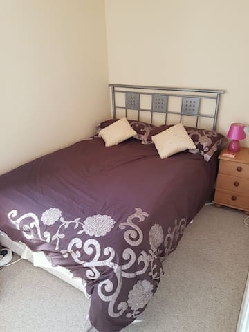 Double room in a house in Sandown, Isle of Wight.