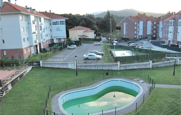 Holiday apartment with 2 bedrooms on 48m² in Badámes