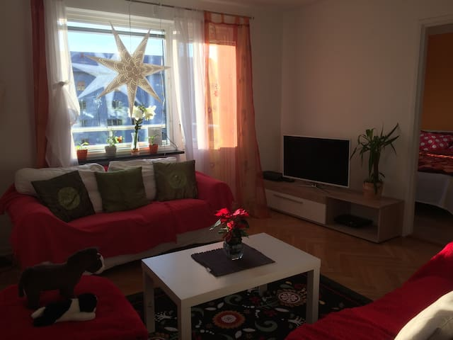 Cozy Double room appartment in Möndal - Mölndal - Daire