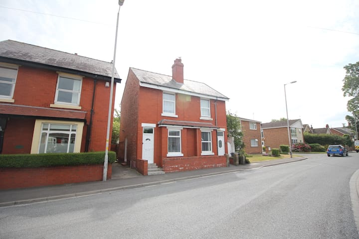 Lawsons Cottage