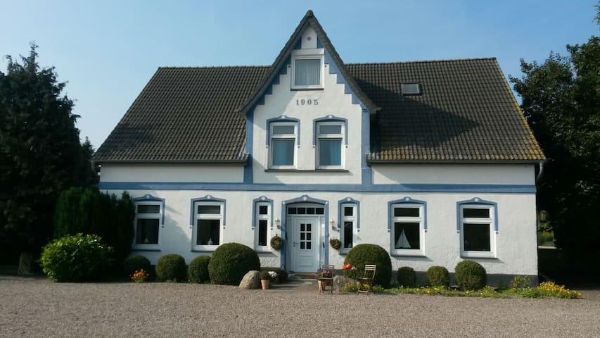 Ferienwohnung im idyll. Bauernhaus - Heringsdorf - Lägenhet