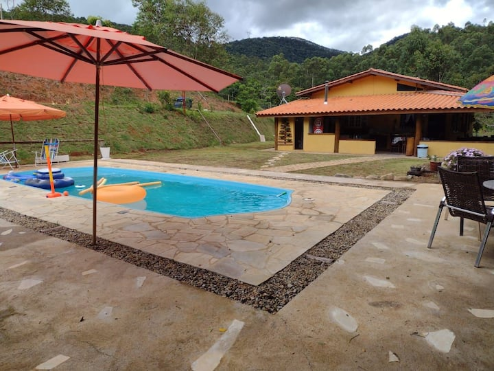 Rancho Mariano c/piscina aquecida e lago para pesc