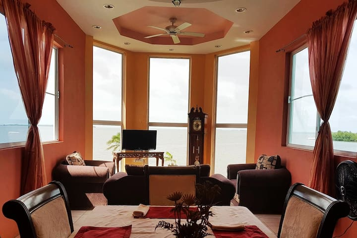 See Belize PANORAMIC 2-BR Sea View PENTHOUSE