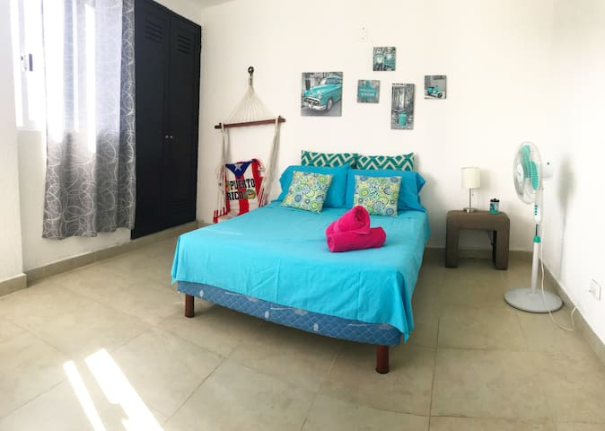 CANCUN DownTown, Private Room, 800m from ADO BUS