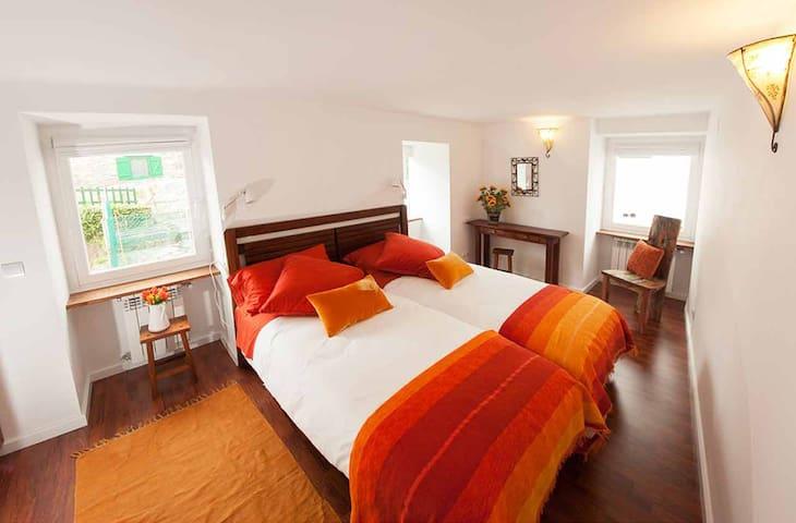 Habitación 3 con dos camas individuales de 90 cm