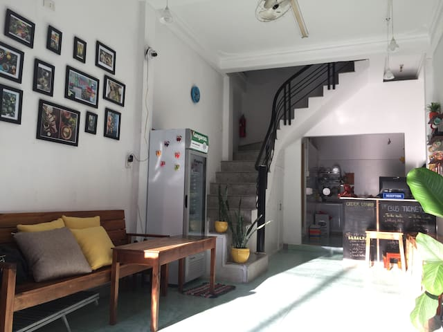 Nice Vietnamese Domitory in the City center - tp. Huế - Hostel