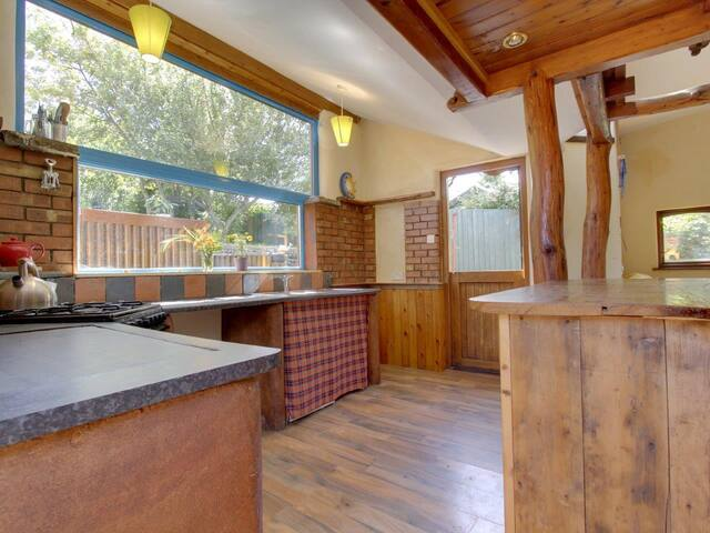 Magical Cosy TreeTops Getaway - Parkmill - Treehouse