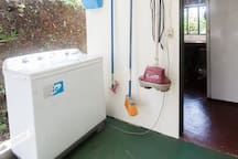 Washing machine and small covered patio, April 2017