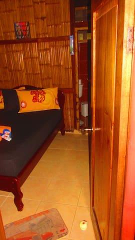 B&B Oasis Colibri - Double room with bathroom - Mompiche - Aamiaismajoitus