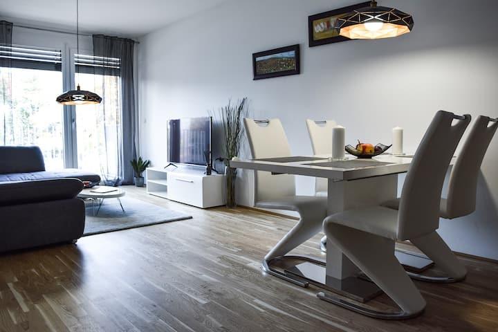 Cosy new Apartment 3min to VIC/Uno-City and Danube