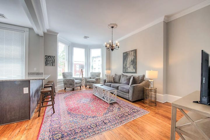Historic 1 BR Free Park by Jefferson Hotel 106-3