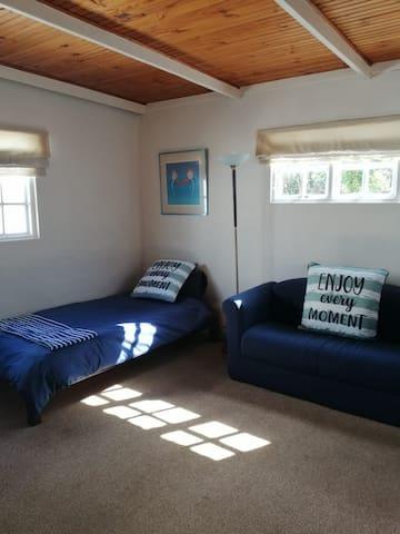 Rumpus room sleeps 2