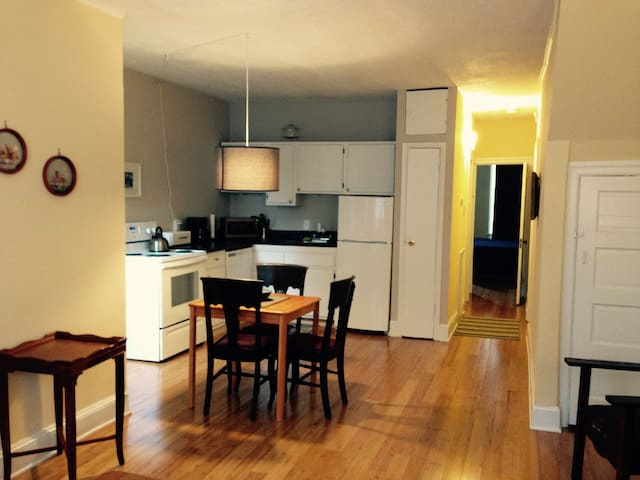 Bright Renovated 1BR-16th & South