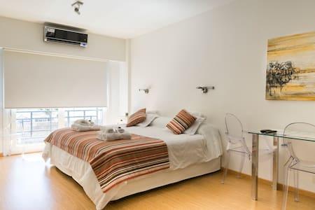 Bright apartment en Recoleta/ Retiro 3 pax