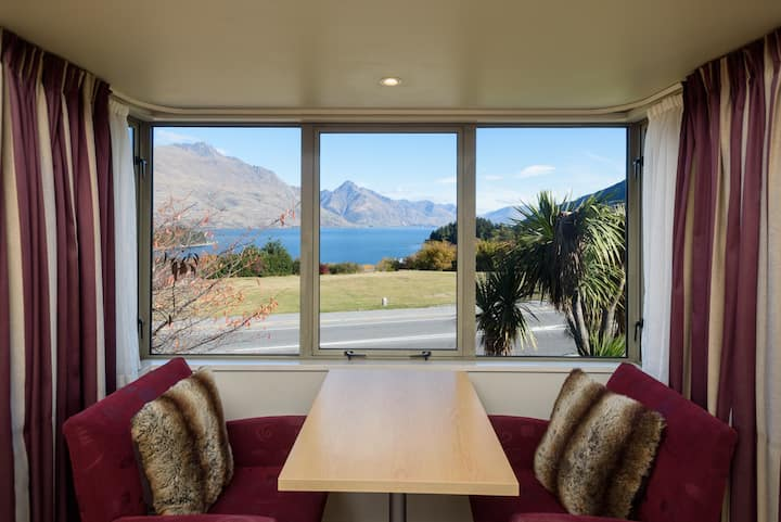 Lakeview Studio at Queenstown Motel Apartments