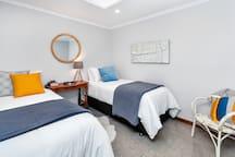 Bedroom Three, King Singles/King