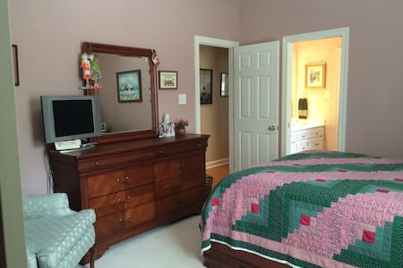 Sweet Suite on Golf Course - Fairhope