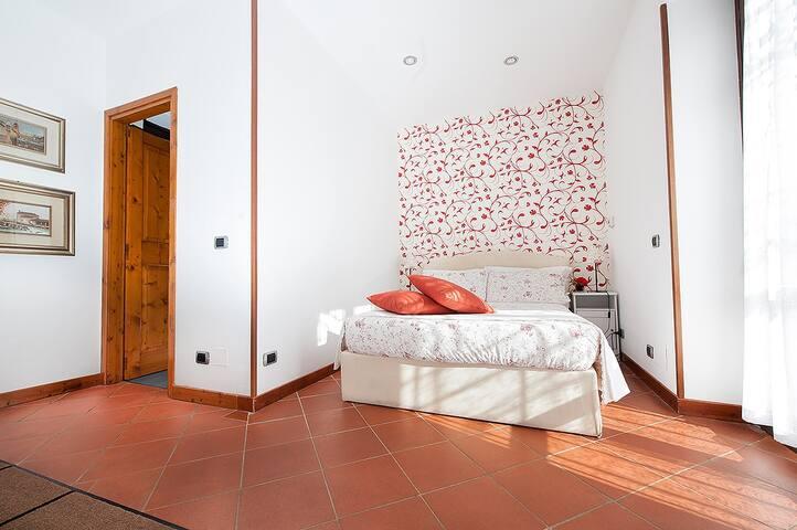 Meravigliosa  Villa con piscina sopra Verona! - Verona - Casa de campo